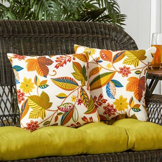 Porch & Den Rosewood Neal Outdoor Floral 17-inch Accent Pillow (Set of 2)