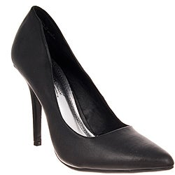 Riverberry Women's 'Momentum' Black Pumps - Thumbnail 0