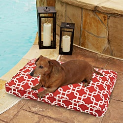 Sweet Dreams Indoor/ Outdoor Chain link Red Pet Bed