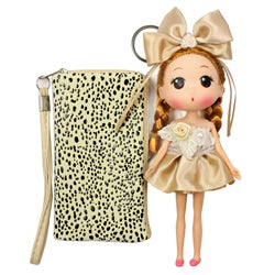 Unico 'Abby' Beige Leather Wristlet with Doll