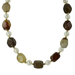Pearls For You 14k Gold FW Pearl and Carnelian Necklace (9-9.5 mm)