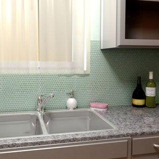 SomerTile 11.25 x 12-inch Posh Penny Round Capri Porcelain Mosaic Wall Tile (Case of 10)