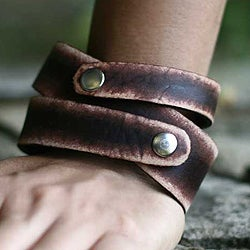 Handmade Men's Leather 'Strong Coffee' Wrap Bracelet (Indonesia)
