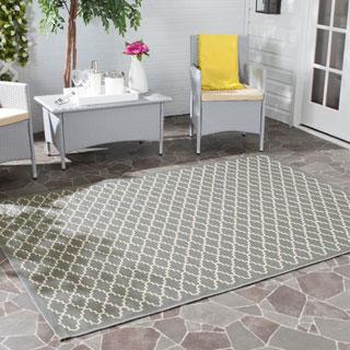Safavieh Indoor/ Outdoor Courtyard Anthracite/ Beige Rug (4' Square)
