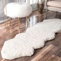 nuLOOM Handmade Double Pelt White Faux Sheepskin Shag Rug - 2' x 6' Runner