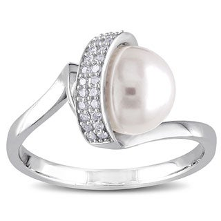 Miadora 10k White Gold Cultured Freshwater Pearl and 1/10ct TDW Diamond Ring (H-I,I2-I3)