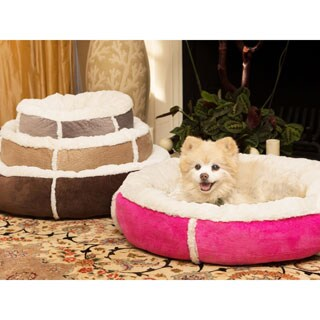 Best Friends by Sheri Round Bolster Winner Dog Bed