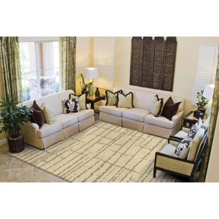 Carolina Weavers Sherwood Collection Logan Beige Area Rug (5'3 x 7'6) - 5'3 x 7'6