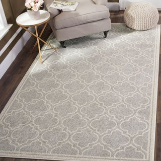 Safavieh Indoor/ Outdoor Amherst Light Grey/ Ivory Rug (11' x 16' RECTANGLE)