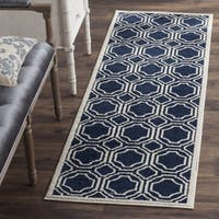 Safavieh Indoor/ Outdoor Amherst Navy/ Ivory Rug - 2'3 x 11'