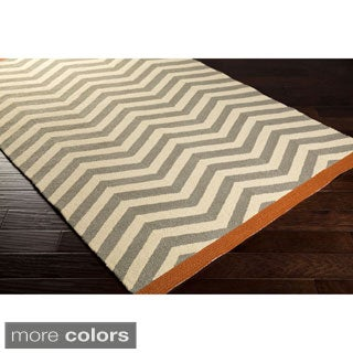 Hand-Hooked Maxine Chevron Indoor/Outdoor Polypropylene Rug (2' x 3')