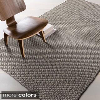 Hand-woven Marissa Casual Wool Rug (5' x 8')