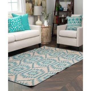Kosas Home Antonia Indoor/ Outdoor Recycled Plastic Kilim Rug (4' x 6')