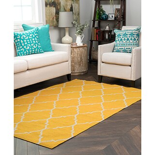 Kosas Home Handwoven Edison Indoor Outdoor Gold Recycled Plastic Rug (4' x 6')