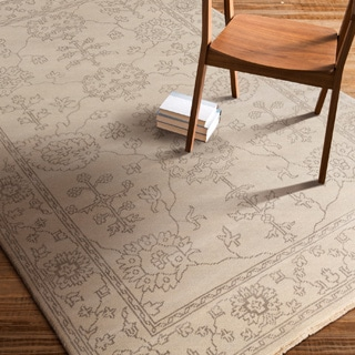 Hand-Knotted Deanna Floral New Zealand Wool Rug (5'6 x 8'6)