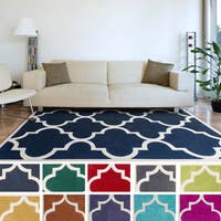 Artfully Crafted Mya Geometric Area Rug