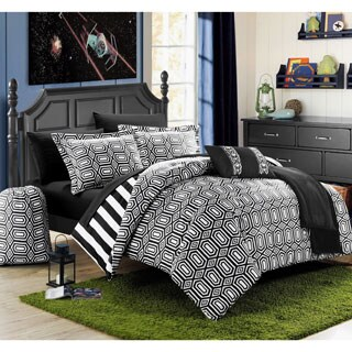 Chic Home Geometric and Striped Reversible 10-piece Bed in a Bag with Sheet Set (Option: Black)