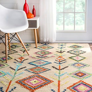 nuLOOM Contemporary Hand-tufted Wool Moroccan Triangle Multi Rug (3' x 5')