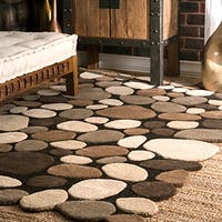 nuLOOM Hand-carved Stones and Pebbles Wool Natural Rug (8'6 x 11'6)