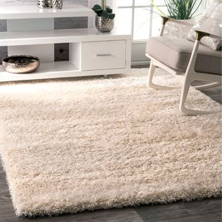 nuLOOM Soft and Plush Solid Thick Shag Ivory Rug (4' x 6')