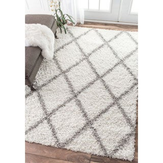 nuLOOM Soft and Plush Modern Diamond Trellis Moroccan Lattice Shag White Rug (6'7 x 9')