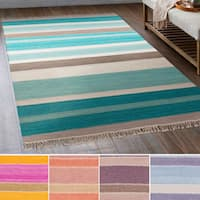 Hand-Woven Liora Wool/Cotton Area Rug (6' x 9')