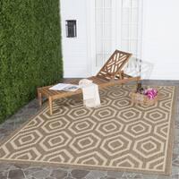 Safavieh Courtyard Honeycomb Brown/ Bone Indoor/ Outdoor Rug (7'10 Square) - 7'10