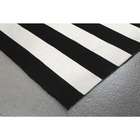 Wide Stripe Outdoor Rug (8' x 8')