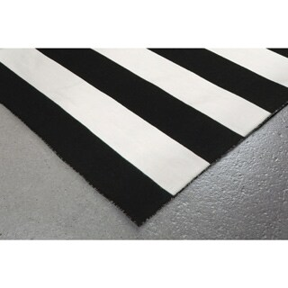 Wide Stripe Outdoor Rug (8' x 8') - 8' x 8'