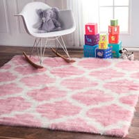 nuloom cozy soft and plush faux sheepskin tellis shag kids nursery pink rug 5 39 round free. Black Bedroom Furniture Sets. Home Design Ideas