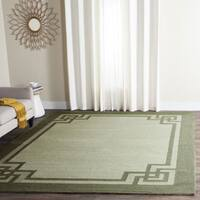 Safavieh Hand-Hooked Four Seasons Greek Key Moss/ Dark Sage Rug (5' x 8')