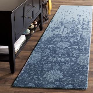 Safavieh Handmade Restoration Vintage Blue/ Dark Blue Wool Distressed Rug (2' 3 x 8')
