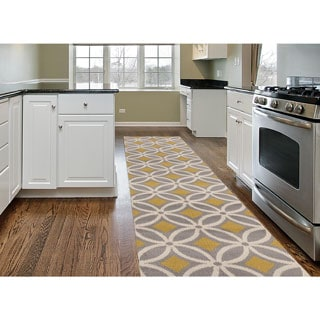 Contemporary Trellis Chain Grey/ Yellow Runner (2'x7'2)