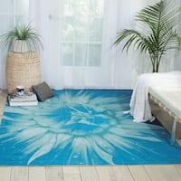 Nourison Coastal Blue Indoor/ Outdoor Area Rug (7'9 x 10'10)