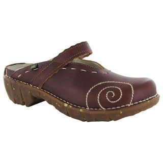El Naturalista Women's Clogs