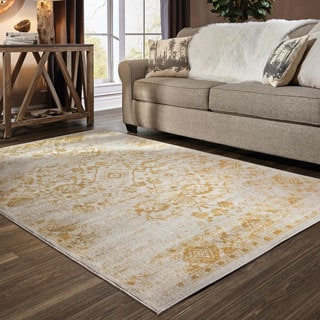 Faded Traditions Ivory and Gold Area Rug (6' 7 X 9' 6)