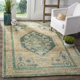 Safavieh Hand-Knotted Tangier Beige/ Emerald Wool Rug (4' x 6')