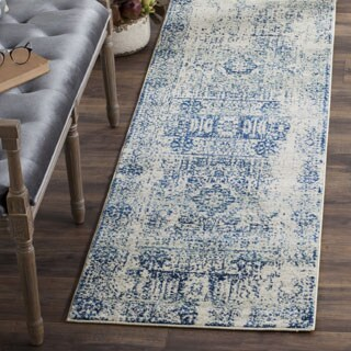 Safavieh Evoke Vintage Ivory / Blue Center Medallion Distressed Runner (2' 2 x 13')