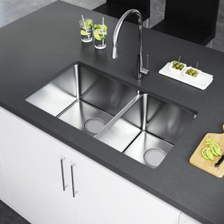 """Exclusive Heritage 32"""" x 19"""" Double Bowl 60/40 Undermount Stainless Steel Kitchen Sink"""