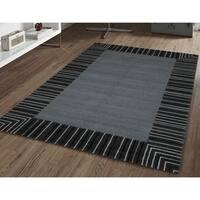 San Mateo Black/ Grey Indoor/ Outdoor Multipurpose Rug - 8' x 11'