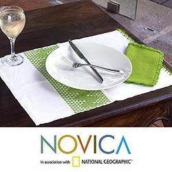 Handmade Set of 2 Rayon 'Hot Lime' Placemats and Napkins (Guatemala)