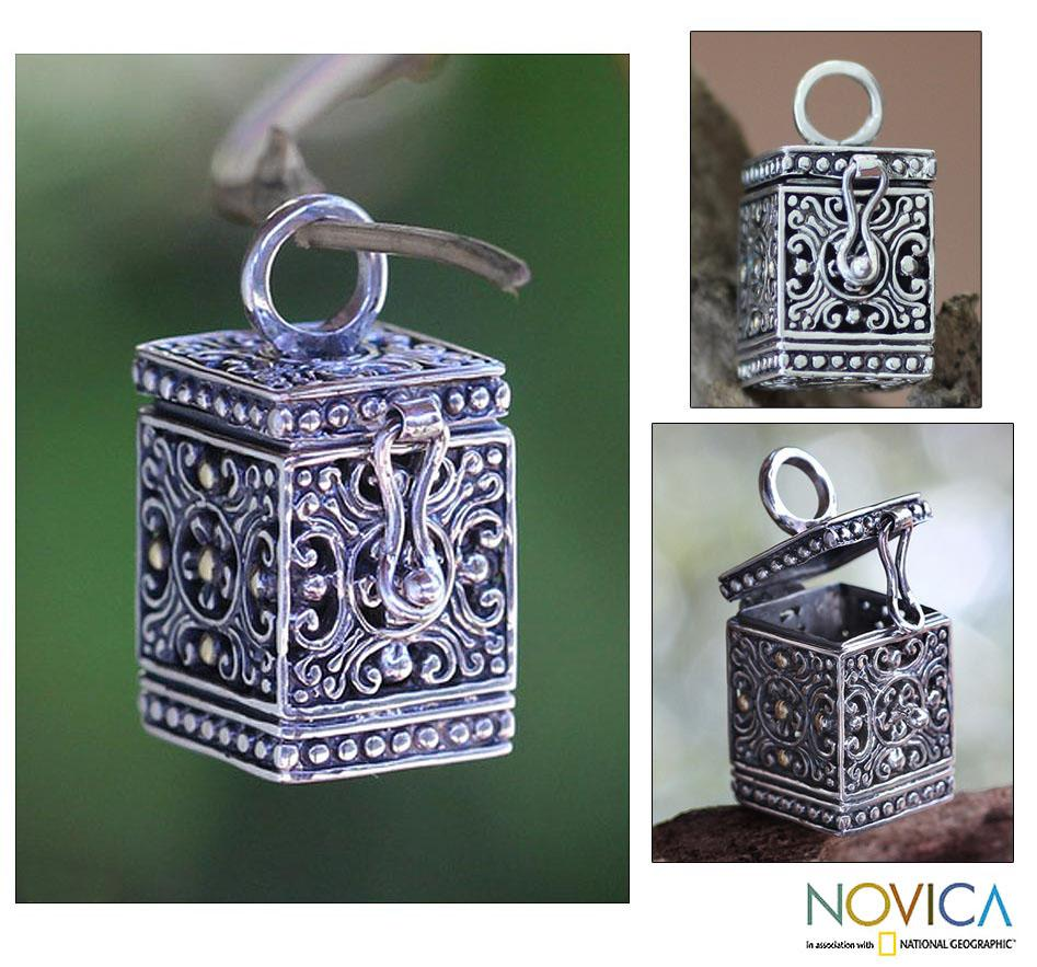 Sterling Silver 'My Prayers' Locket Pendant (Indonesia)