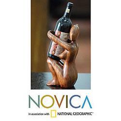 Handcrafted Suar Wood 'Warm Embrace' Wine Bottle Holder (Indonesia)