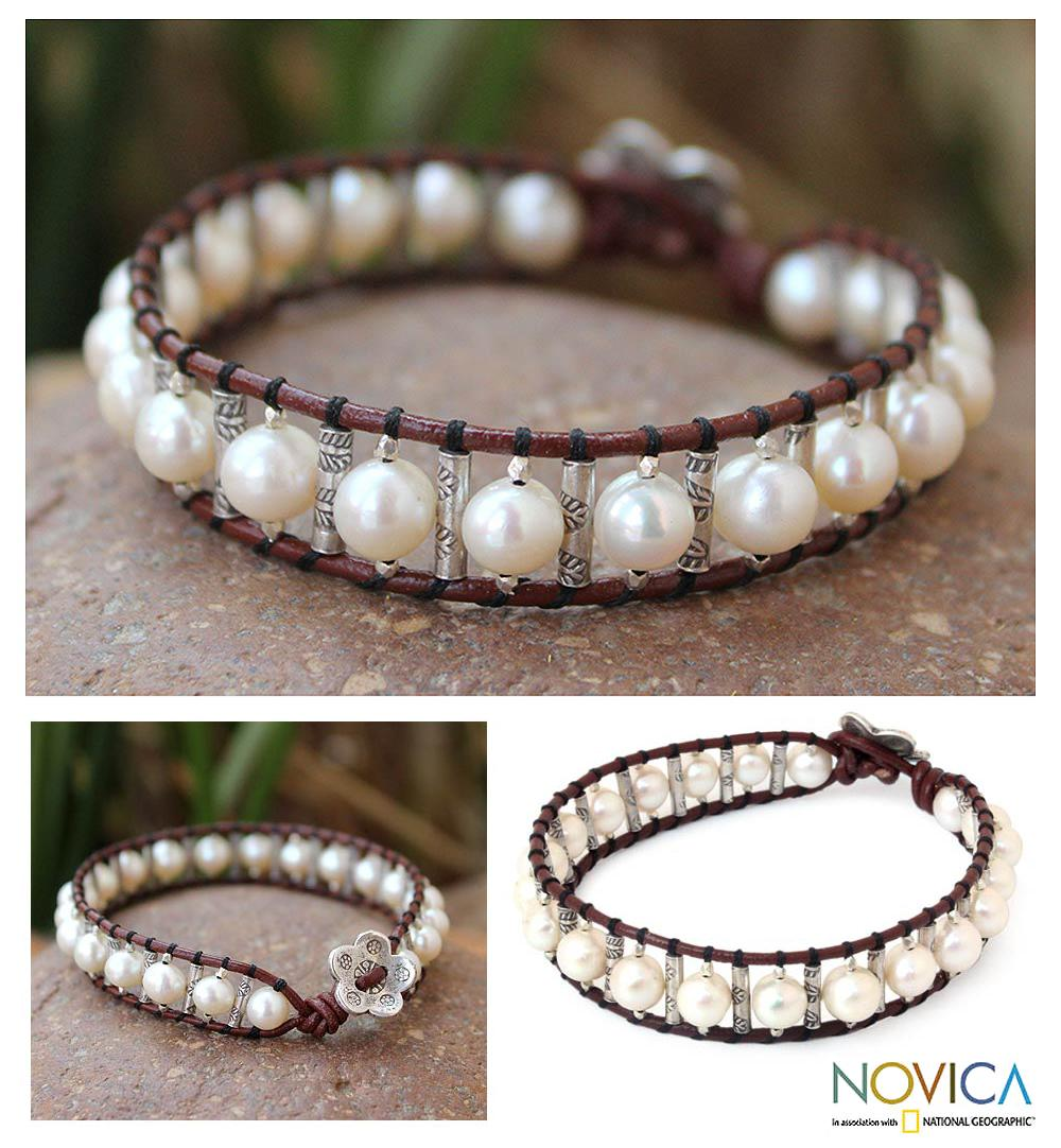 Silver 'White Azalea'  Leather and Pearl Bracelet (6.5 mm) (Thailand)