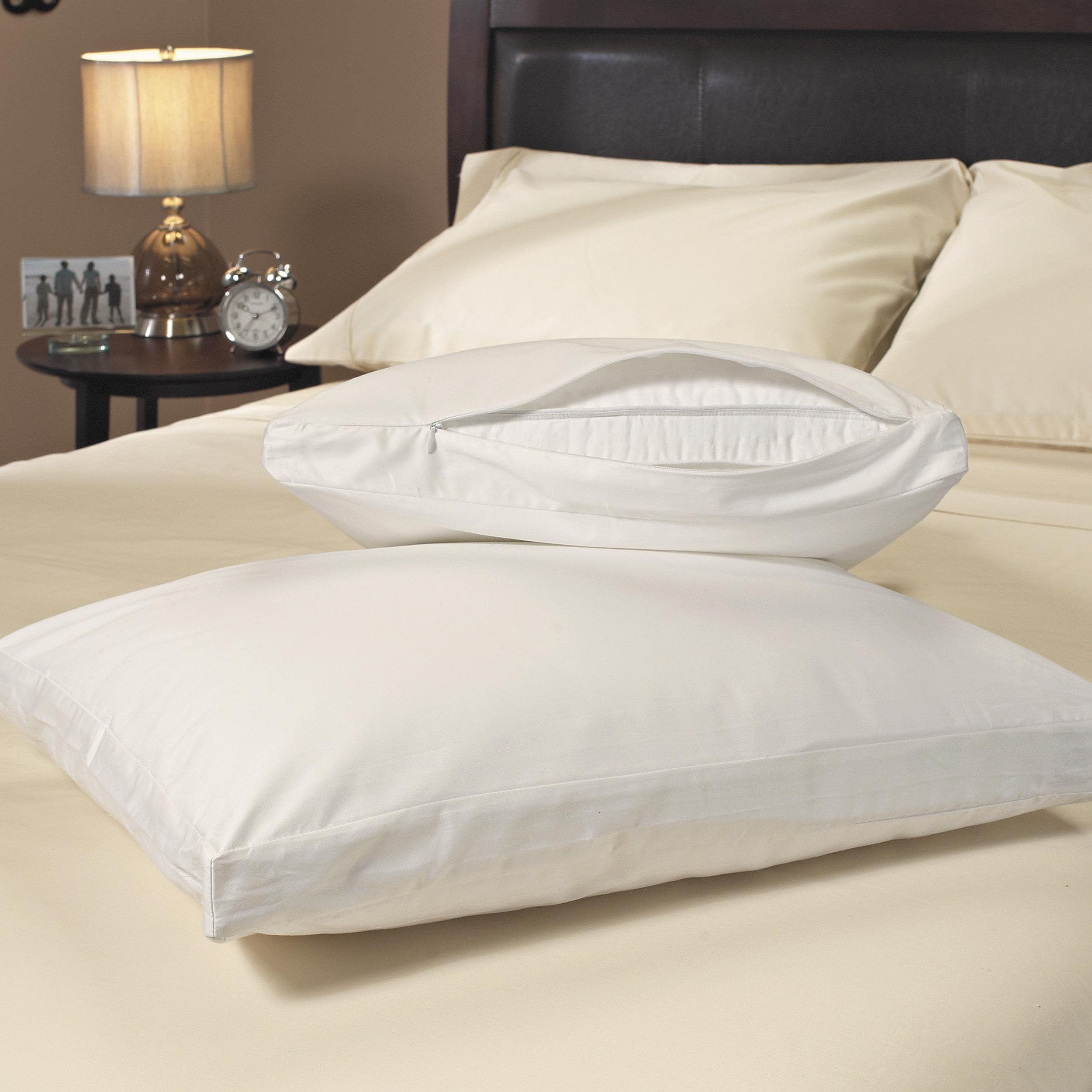 Stain Resistant 300 Thread Count Gusseted Zip Pillow Protector (Set of 2) - White - Thumbnail 0