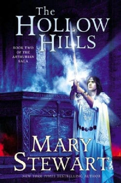 The Hollow Hills (Paperback)