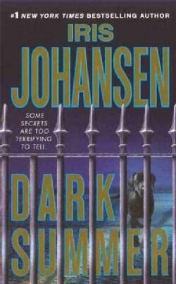 Dark Summer (Paperback)