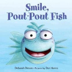 Smile, Pout-Pout Fish (Board book)