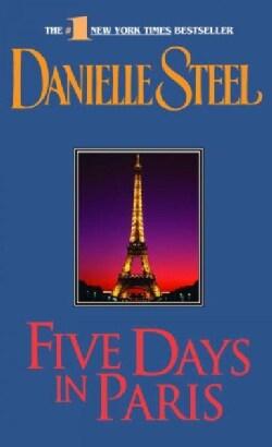 Five Days in Paris (Paperback)