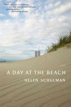 A Day at the Beach (Paperback)